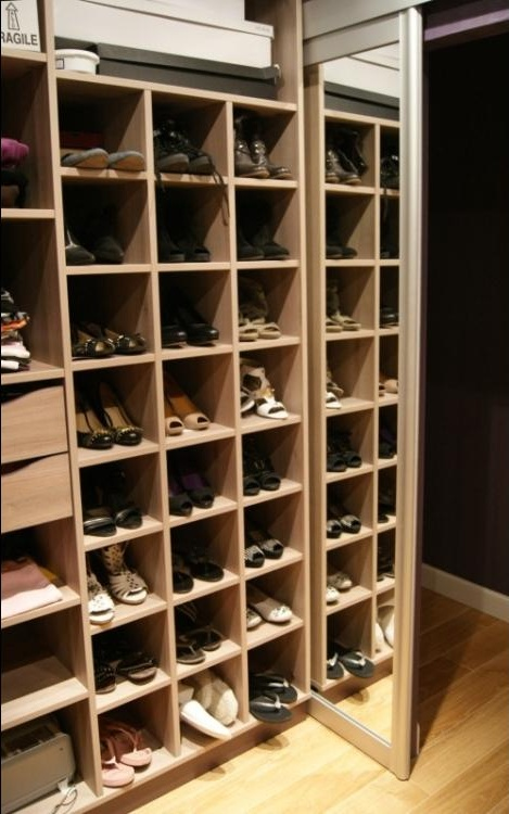 achat devis dressing chaussures avenir r novations. Black Bedroom Furniture Sets. Home Design Ideas